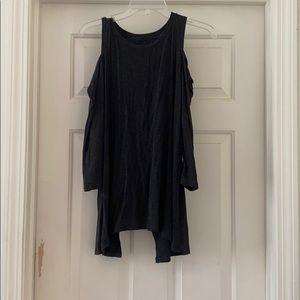 Open shoulder tunic with split back
